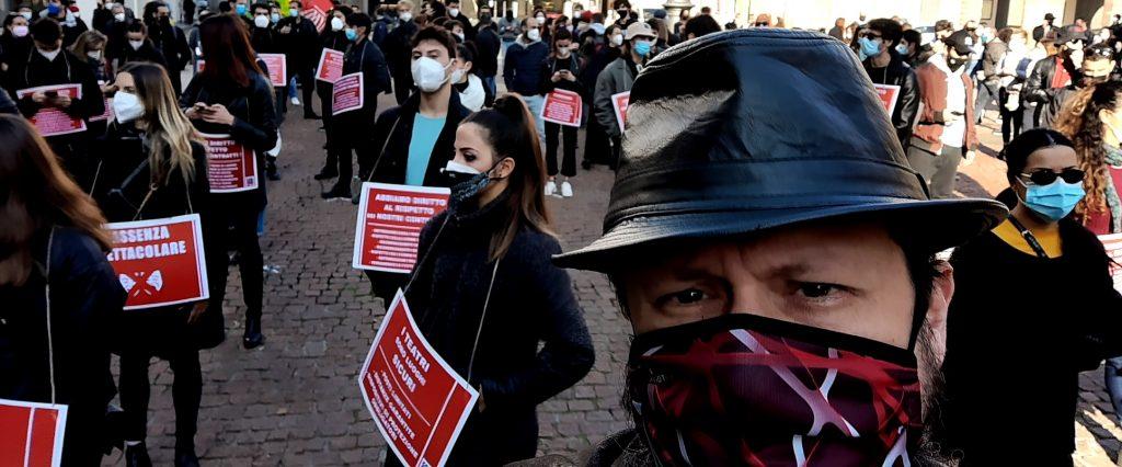 Teatranti in protesta